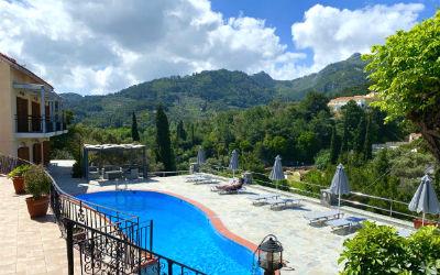 Zwembad van Villa Themos in Kokkari