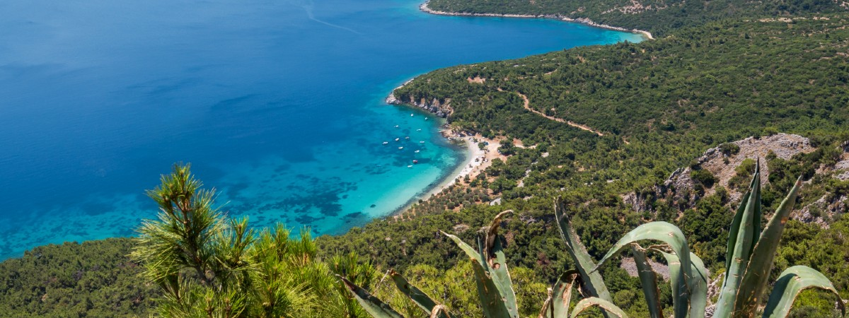 Mourtia beach Samos header.jpg