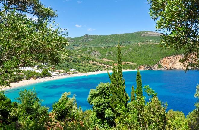 5-griekse-bestemmingen-waar-je-nog-wel-op-vakantie-kunt