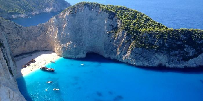 Uitzichtpunt shipwreck beach Zakynthos weer open na brand