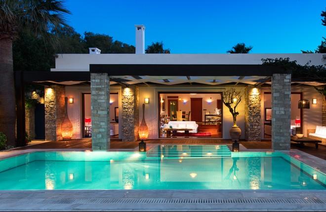 10 Griekse hotels in de prijzen bij World Travel Awards