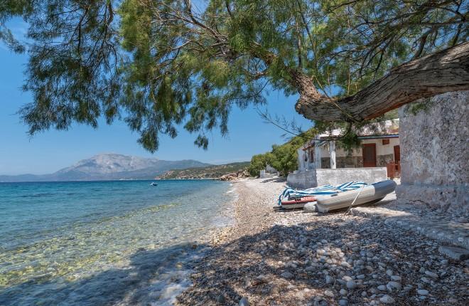 Pefkos beach op Samos