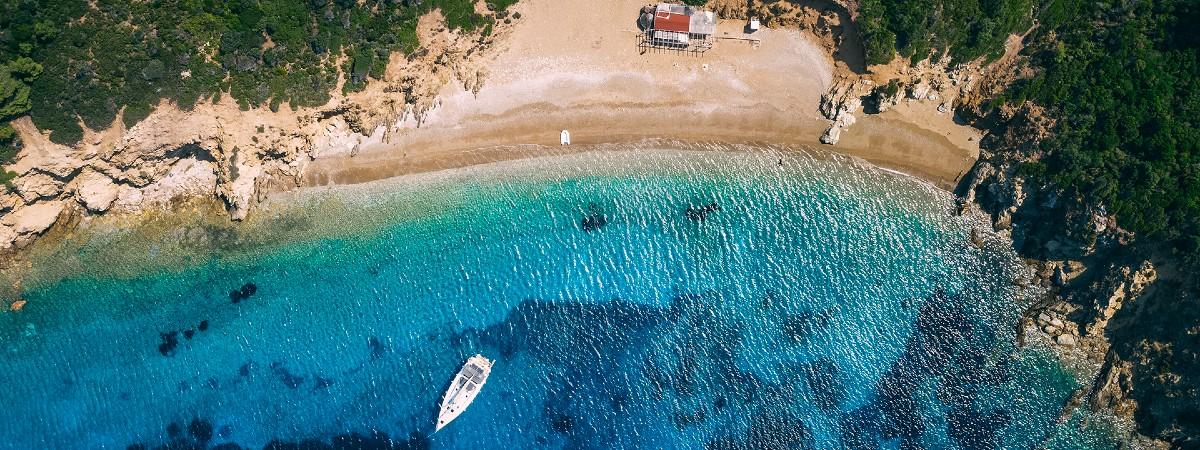 Arkos Skiathos strand header.jpg