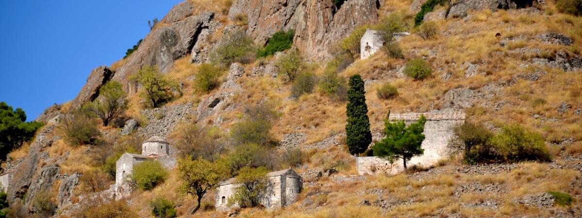 Palaiochora Aegina griekenland header.jpg
