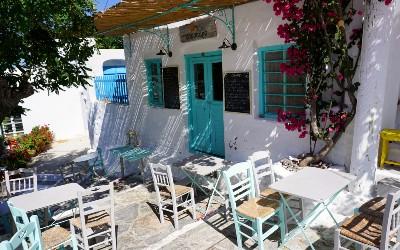 Chora op Amorgos centrum terrasje