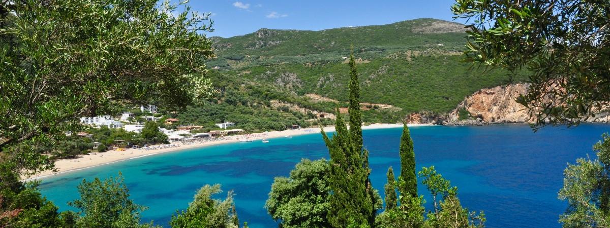 Lichnos beach Parga header.jpg