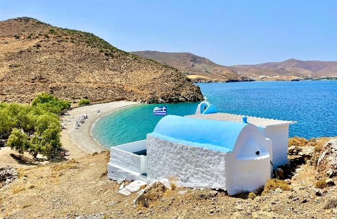 Agios Konstantinos beach op Astypalea
