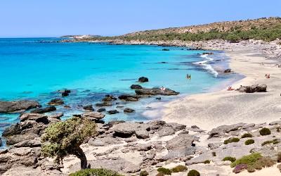 Griekenland heft meer dan 2.000 badplaatsen voor vakantie