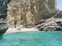Folegandros-stranden-griekenland-600