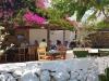 Folegandros-Chora-terras-600