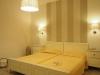 Kosmitis-Hotel-Naoussa-Paros-hotelkamer-600