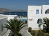 Kosmitis-Hotel-Naoussa-Paros-tuin-600