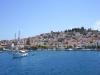 Poros-vakantie-stad-zeilboot-600